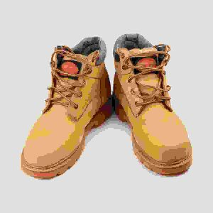 Tracking boots